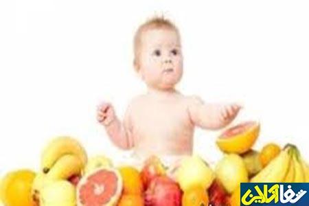 به نوزاد در 4 تا 6 ماهگی میوه بدهیم